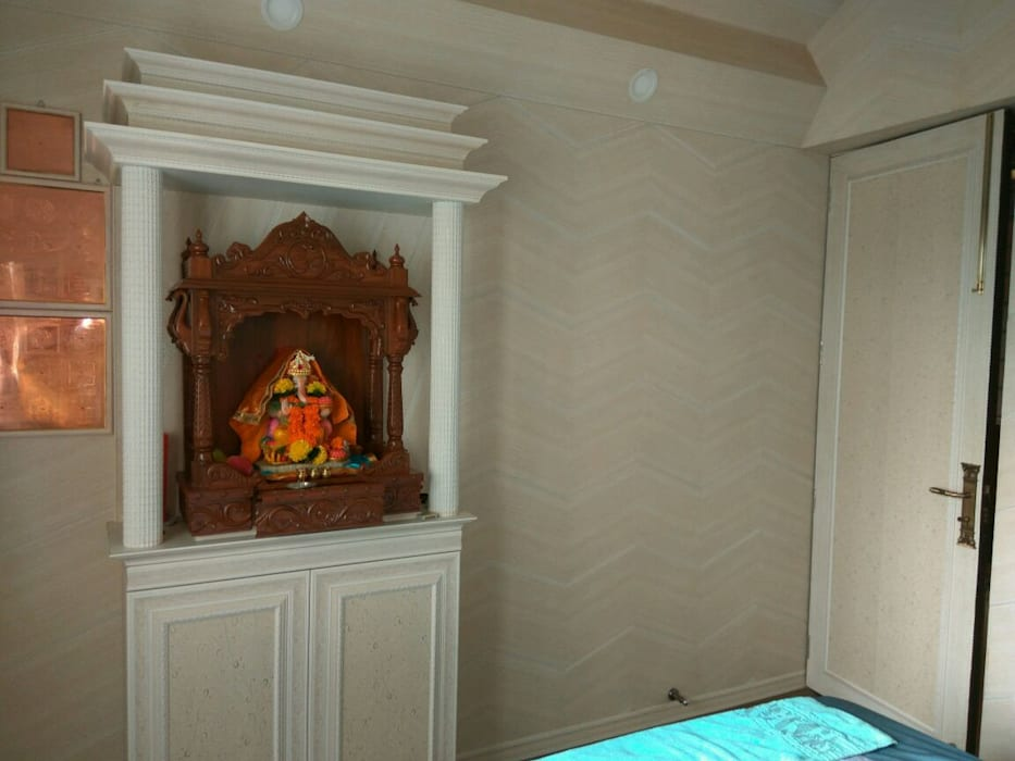Mandir: eclectic  by MARIA DECOR,Eclectic