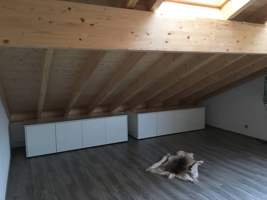 Sideboards Unter Dachschrage Schlafzimmer Von Schrankwerk De Homify