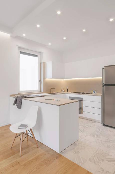 CASA_V: Cucina in stile  di salvatore cannito architetto,