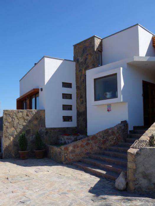 by Territorio Arquitectura y Construccion - La Serena Середземноморський Бетон