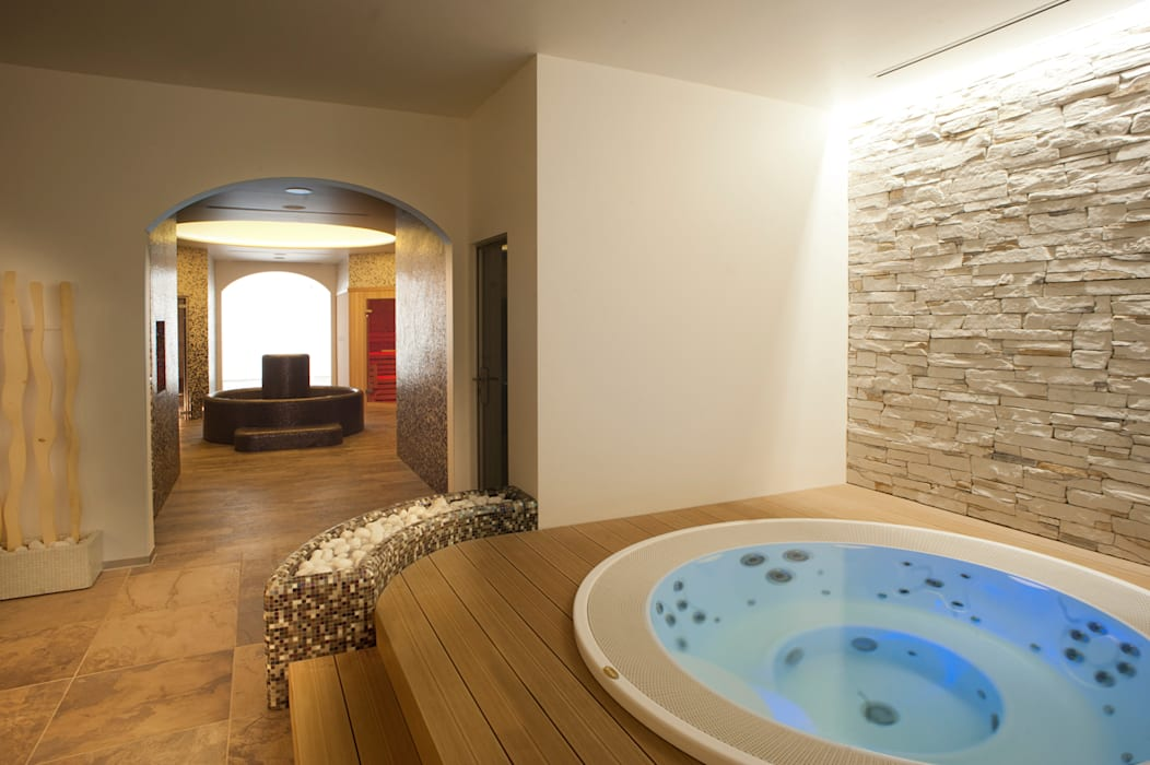 Aquazzura Piscine Moderner Spa