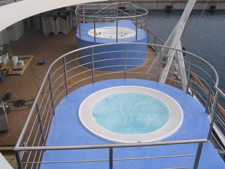 Aquazzura Piscine Spas de estilo moderno