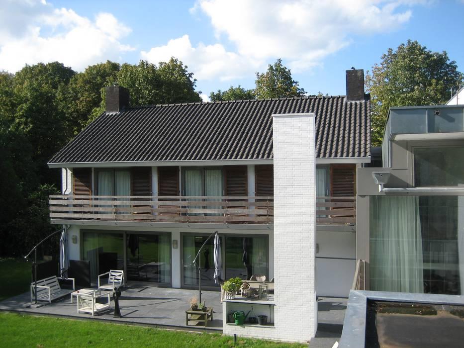 現代房屋設計點子、靈感 & 圖片 根據 Thomas Kemme Architecten 現代風