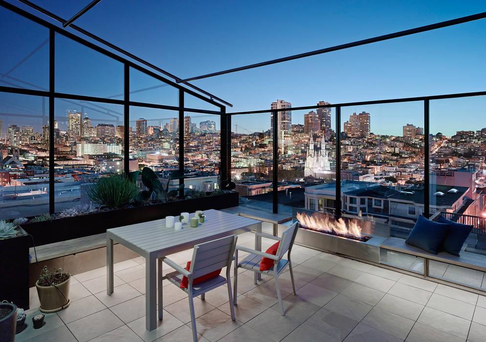 Terrazas de estilo  de Feldman Architecture, Moderno