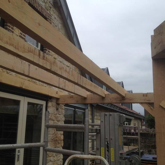 Houses by WE-Maatdesign, Classic Wood Wood effect
