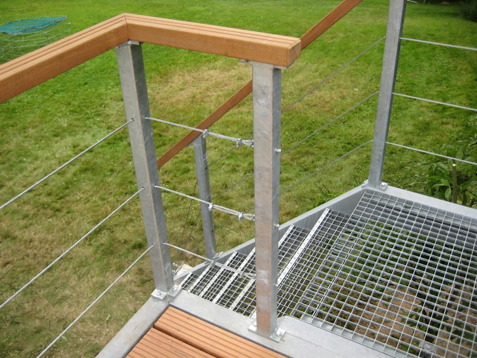 WE-Maatdesign Modern style balcony, porch & terrace Iron/Steel Metallic/Silver