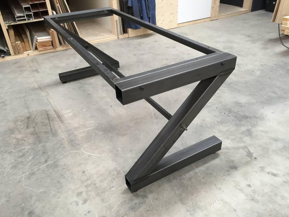 WE-Maatdesign Living roomSide tables & trays Iron/Steel Black