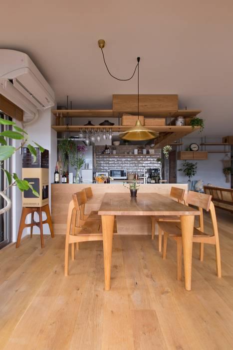 nionohama-apartment-house-renovation ラスティックデザインの ダイニング の ALTS DESIGN OFFICE ラスティック 木 木目調