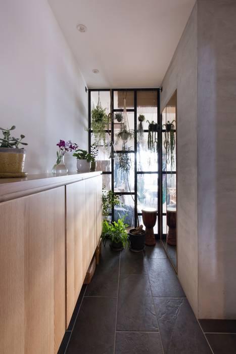 Hành lang theo ALTS DESIGN OFFICE, Mộc mạc Gỗ Wood effect