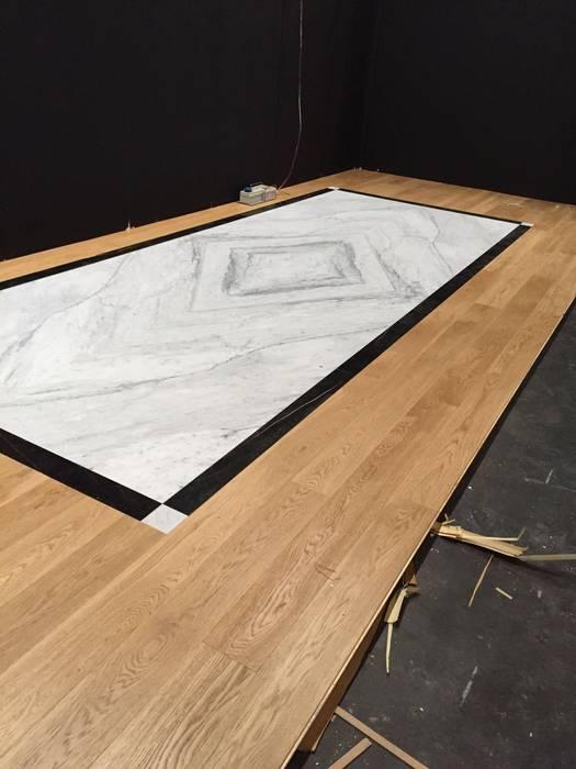 Piso en marmol y madera Giemme Marmi S.R.L. Paredes y pisosRevestimientos de paredes y pisos Mármol Blanco
