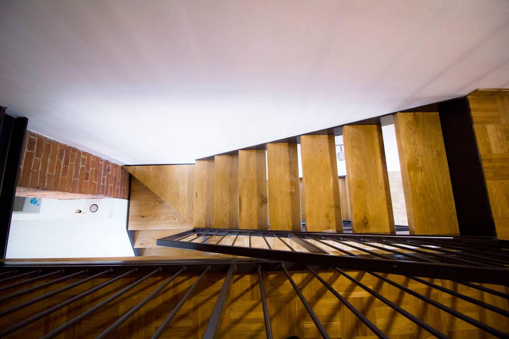 Rustic style corridor, hallway & stairs by Lascia la Scia S.a.s. Rustic