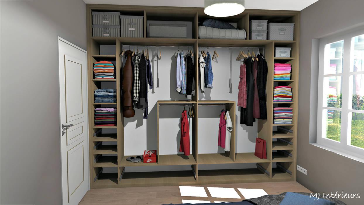Aménagements intérieurs du dressing Dressing rustique par MJ Intérieurs Rustique