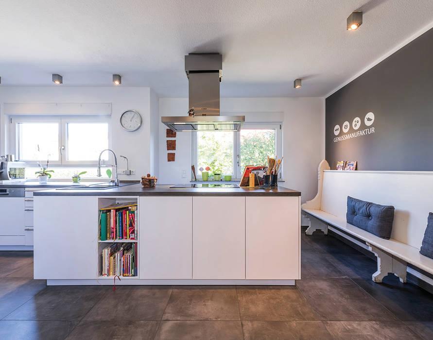 Offene Küche Mit Küchenblock Und Restaurierter Alter