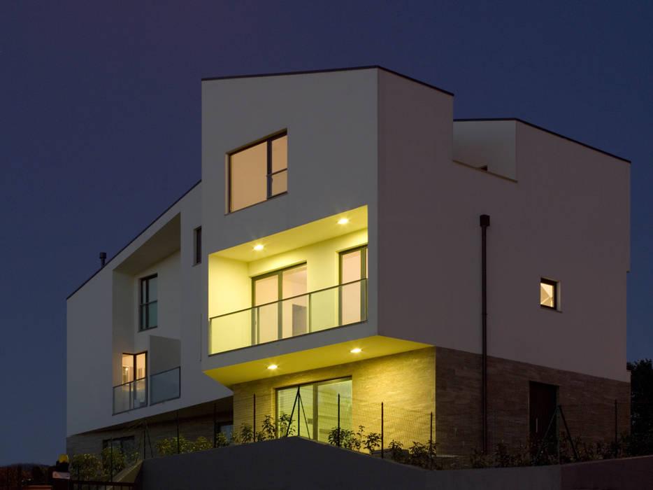 Edificio Residenziale Lorenzo Rossi Architetti Case moderne