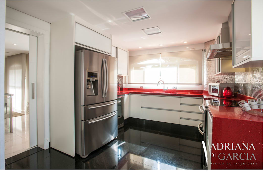 Moderne Küchen von Adriana Di Garcia Design de Interiores Ltda Modern