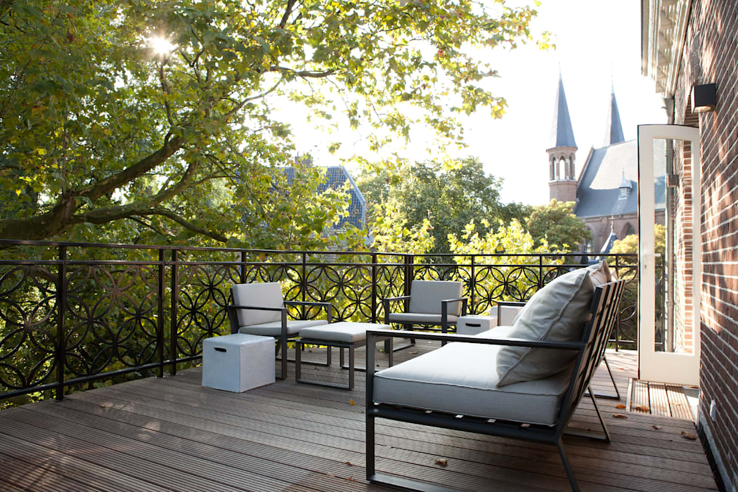 Vonder Modern balcony, veranda & terrace