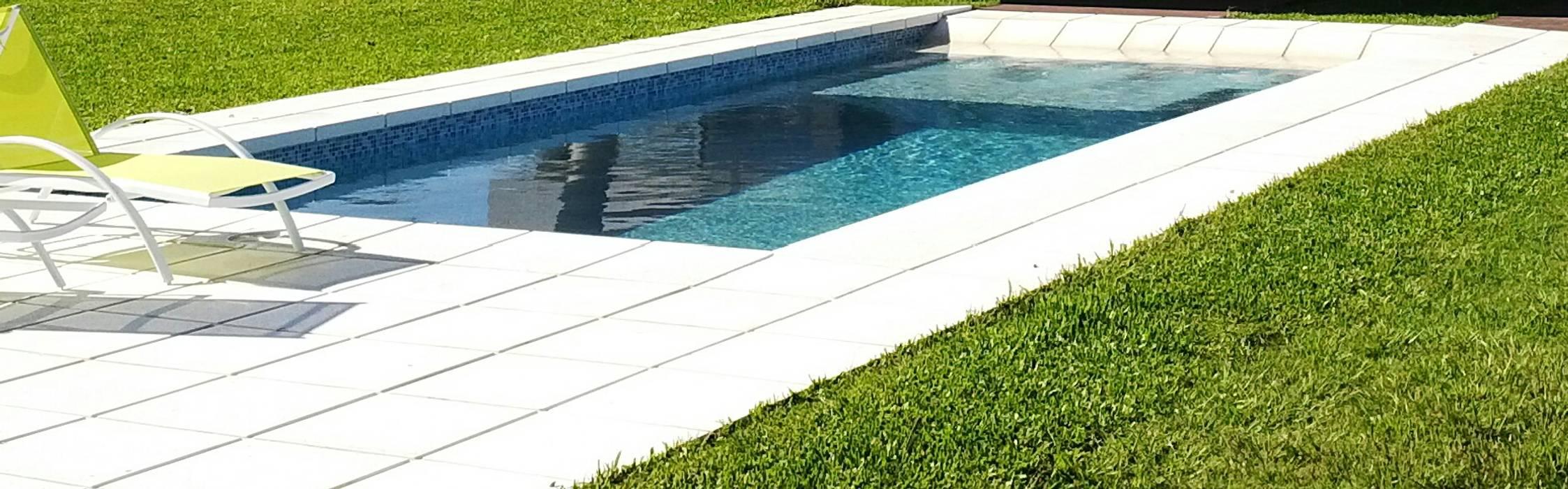 piscina: Piletas de estilo moderno por VHA Arquitectura