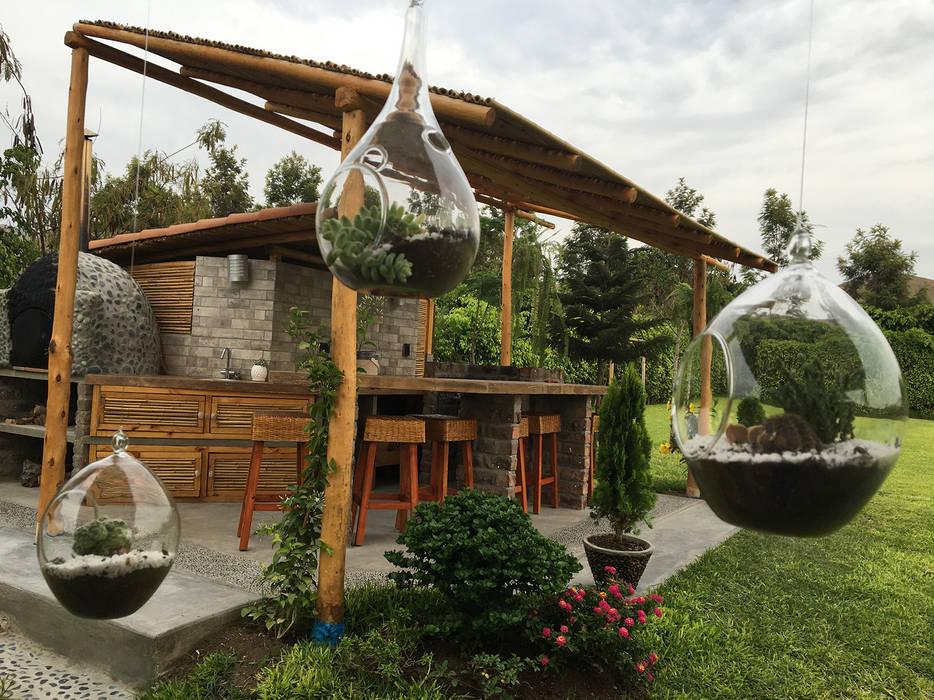 Una CASA DE CAMPO para soñar Jardines de estilo rústico de malu goni Rústico