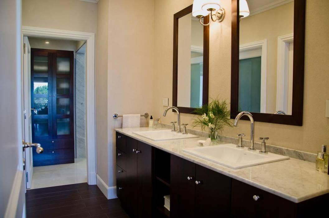 LLACAY arquitectos Ванна кімната