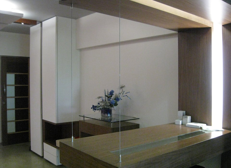 Dinning Table Modern dining room by Core Design Modern
