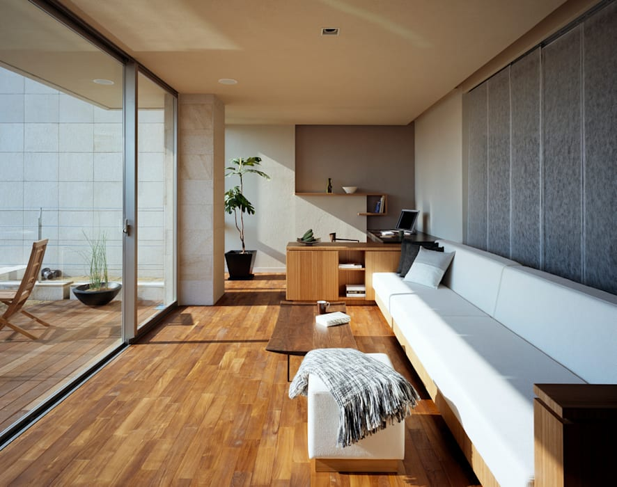 Living room by 森裕建築設計事務所 / Mori Architect Office