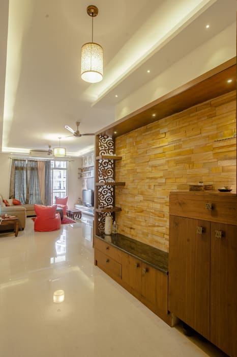 3 BHK partement :  Living room by In Built Concepts,