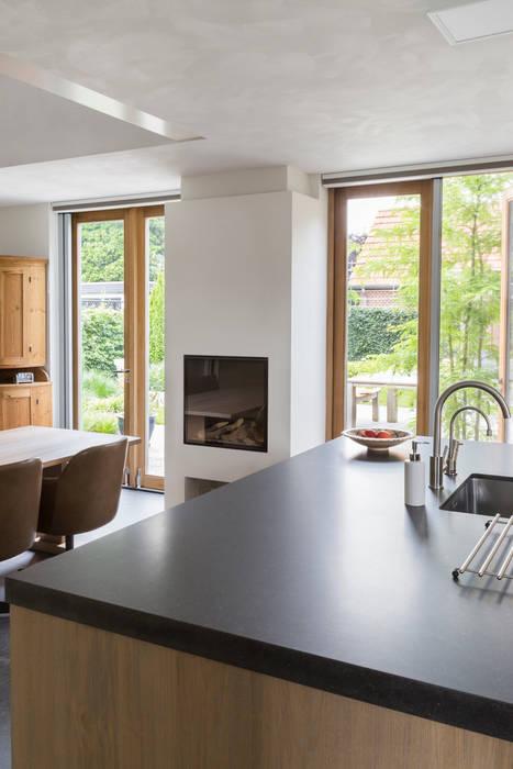moderne Küche von Jan Couwenberg Architectuur