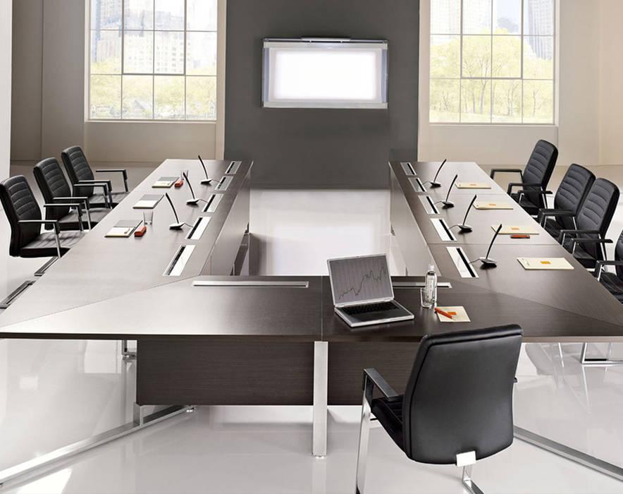 Tavolo Riunioni I-MEET: Studio in stile in stile Moderno di Arredo Ufficio A.T.U