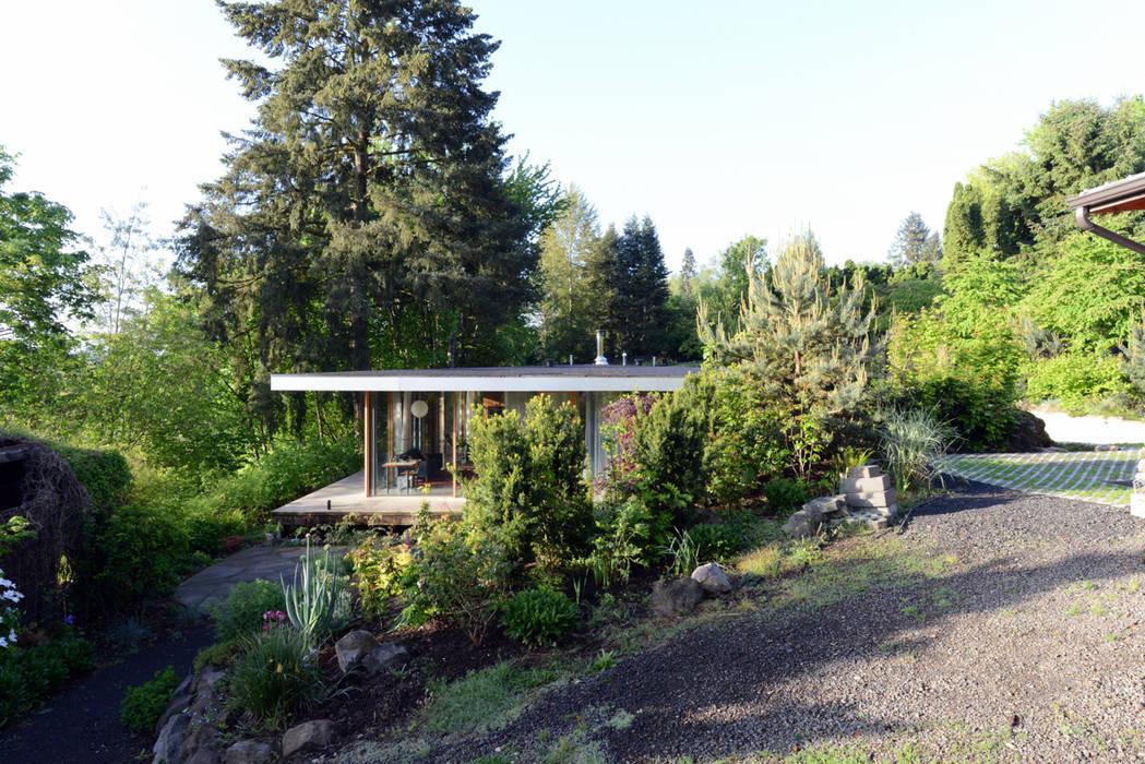 Courtyard House NO Architecture Ausgefallener Garten