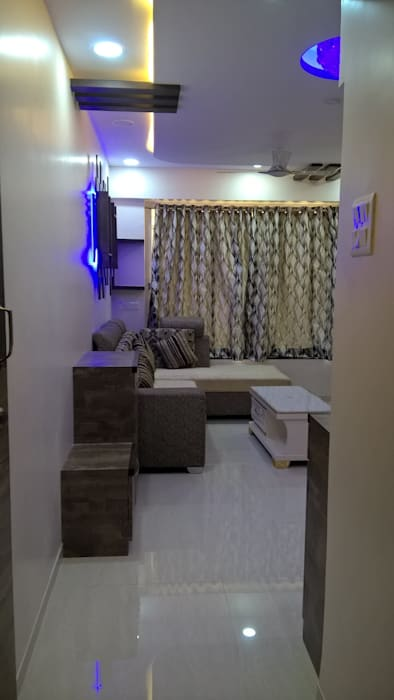 2 BHK PROJECT @2017 Modern living room by SHARADA INTERIORS Modern