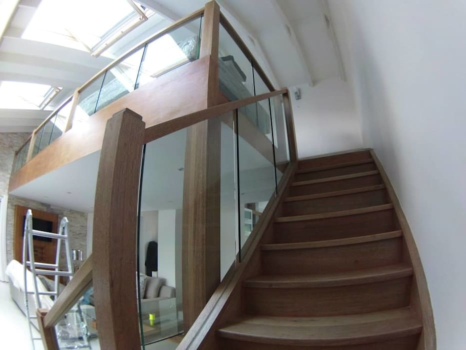 Modern Corridor, Hallway and Staircase by Loftspace Modern
