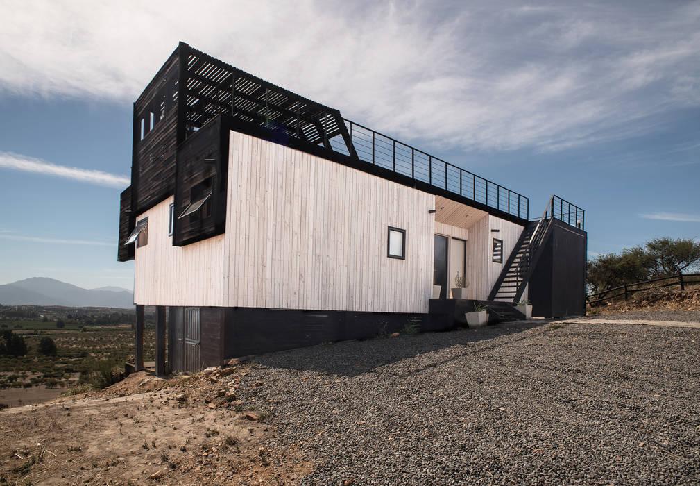 Modern Houses by B+V Arquitectos Modern Wood Wood effect