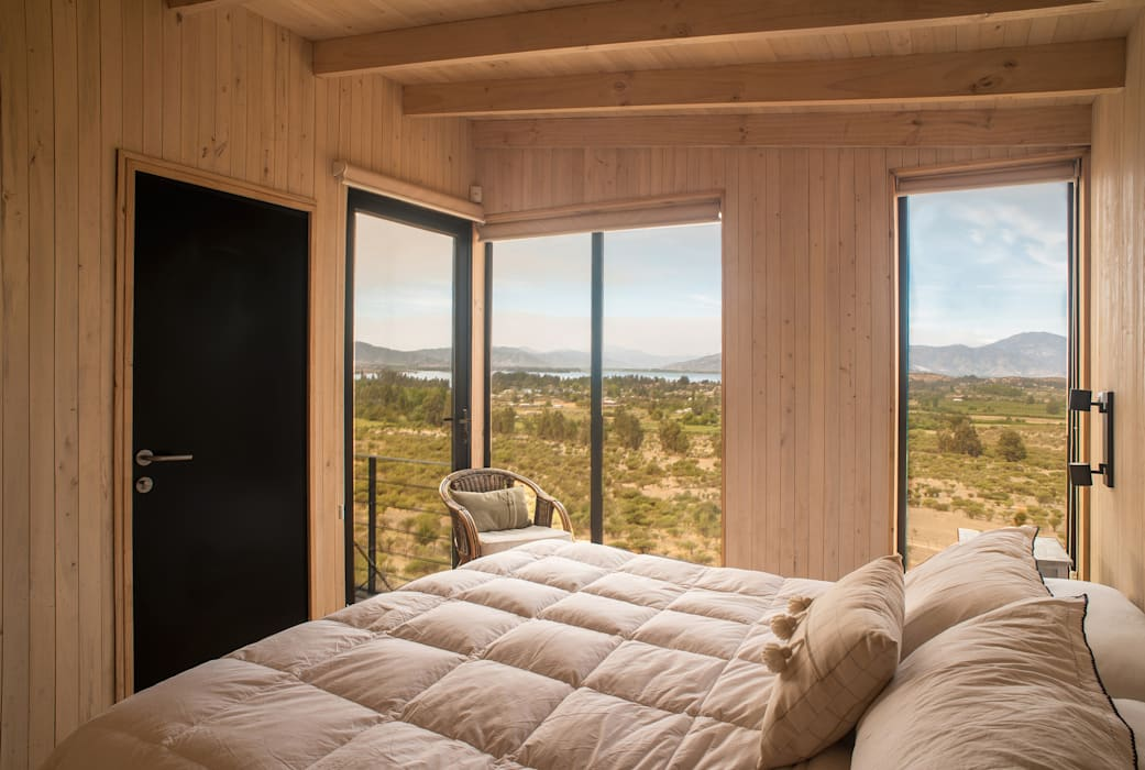 Modern Bedroom by B+V Arquitectos Modern Wood Wood effect