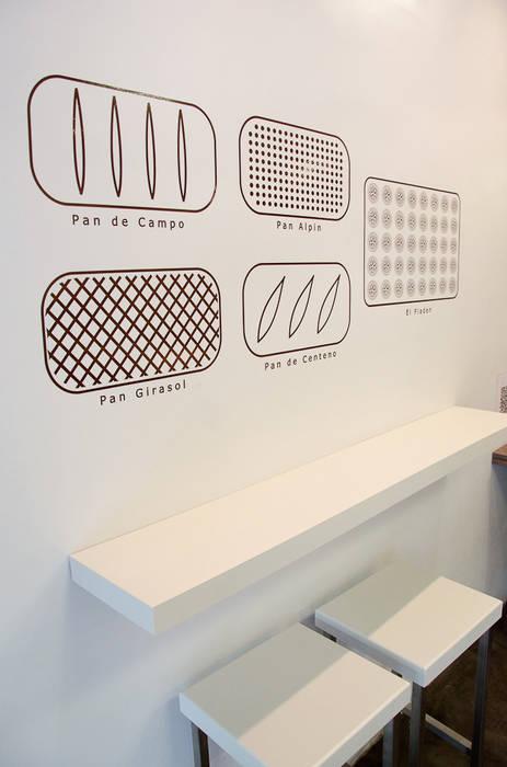 Comedores de estilo  por Lucy Attwood Interior Design + Architecture, Minimalista