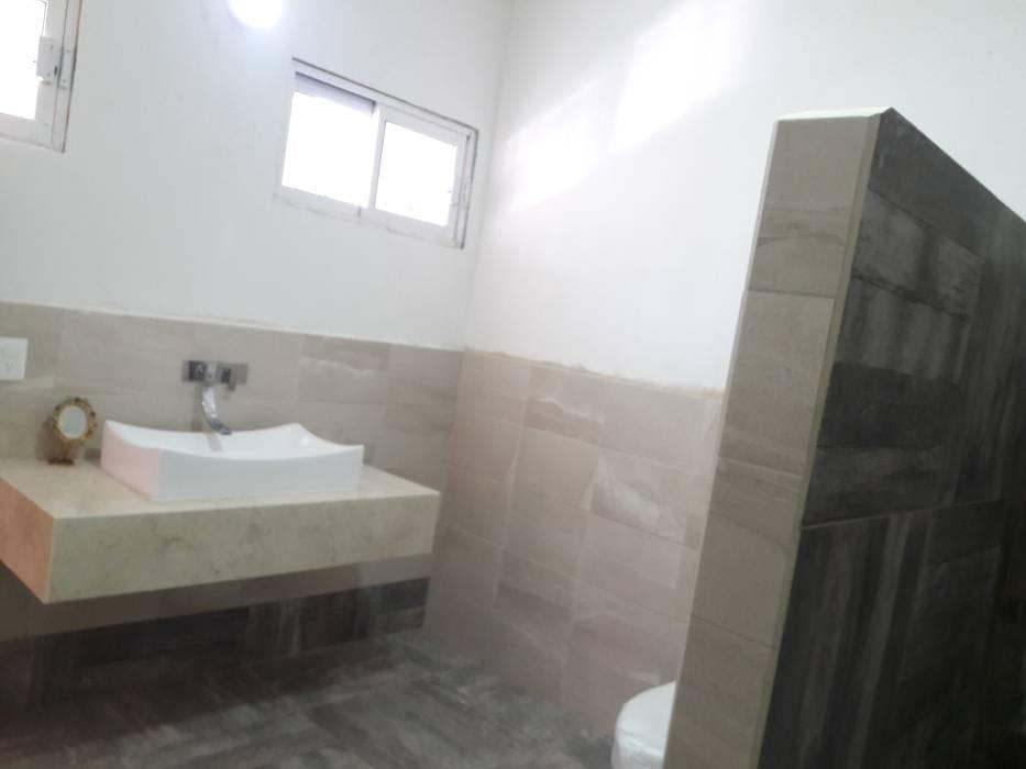 REMODELACIÓN DE BAÑO : Baños de estilo  por SG Huerta Arquitecto Cancun