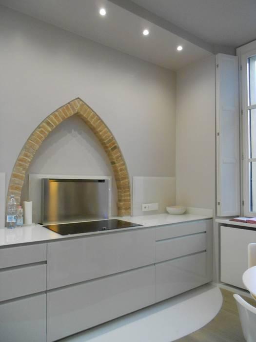 مطبخ تنفيذ Studio arch. Orban Agota,
