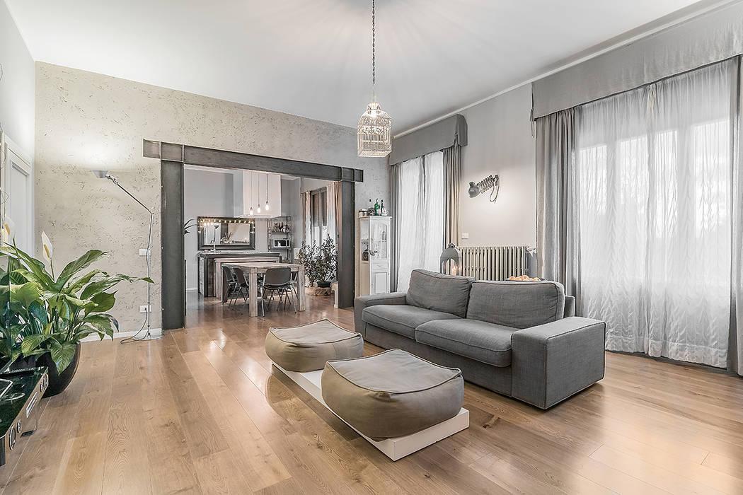 Soggiorno open space soggiorno in stile di facile for Firenze soggiorno