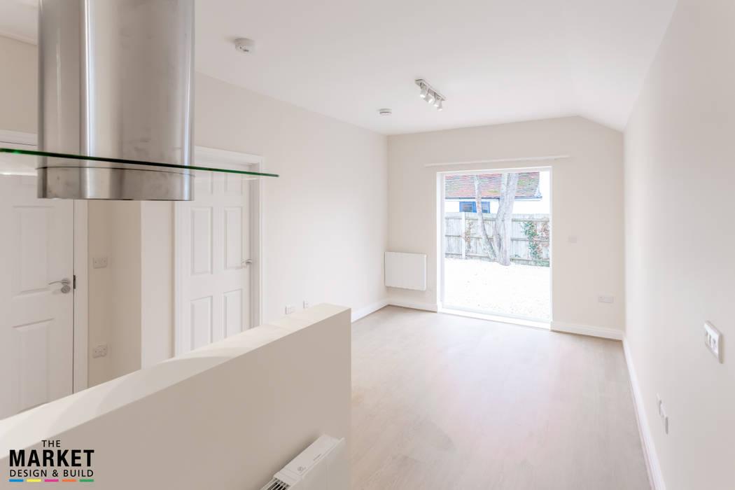 BRINGING OUTSIDE IN: modern Living room by The Market Design & Build