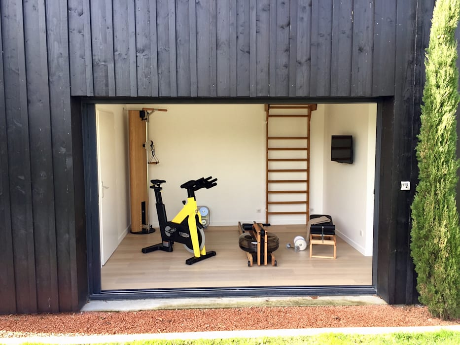 Une salle de sport complète dans 11m2 Athletica Design Salle de sport moderne