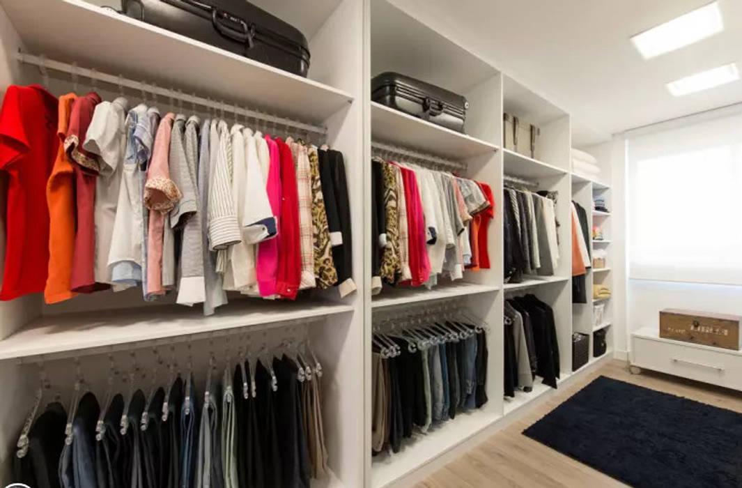 جگہ بچانے کا بہترين حل:  Dressing room by lancerisb