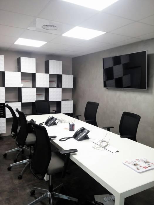 Salle de réunion: Espaces commerciaux de style  par Casavog