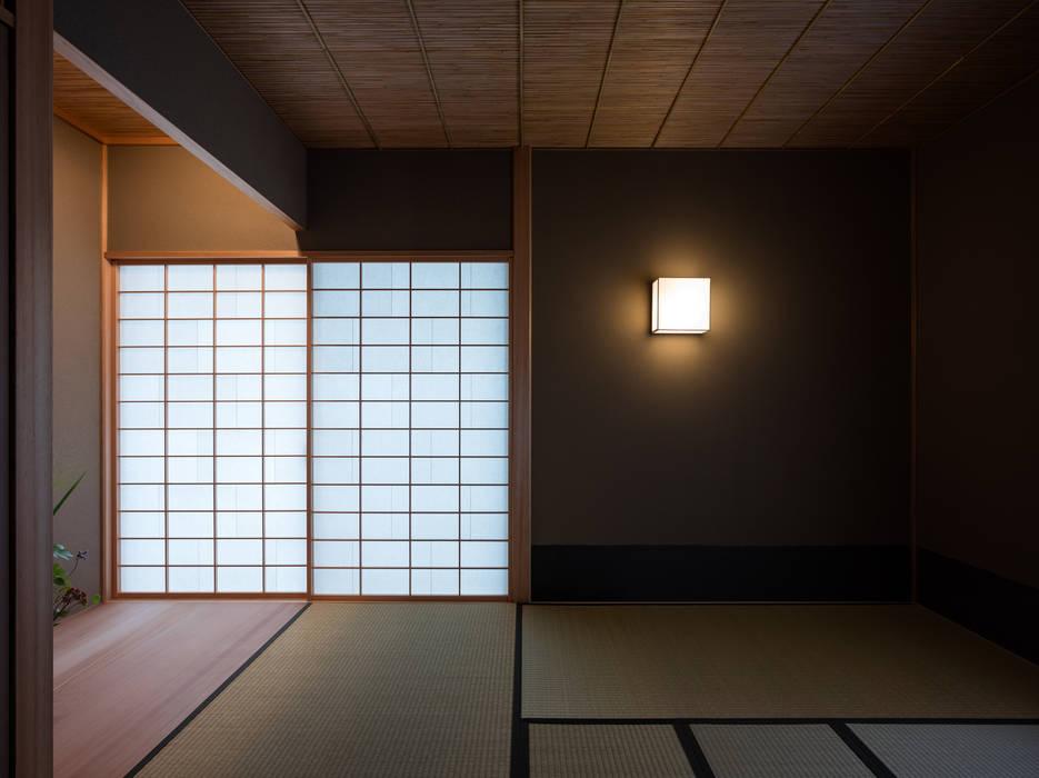 Ruang Media Modern Oleh 柳瀬真澄建築設計工房 Masumi Yanase Architect Office Modern