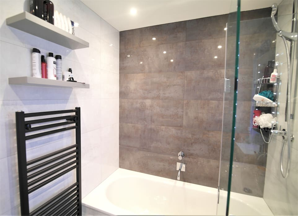 Twickenham Patience Designs Studio Ltd Modern bathroom