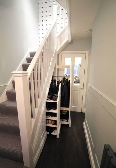 Twickenham Modern Corridor, Hallway and Staircase by Patience Designs Modern
