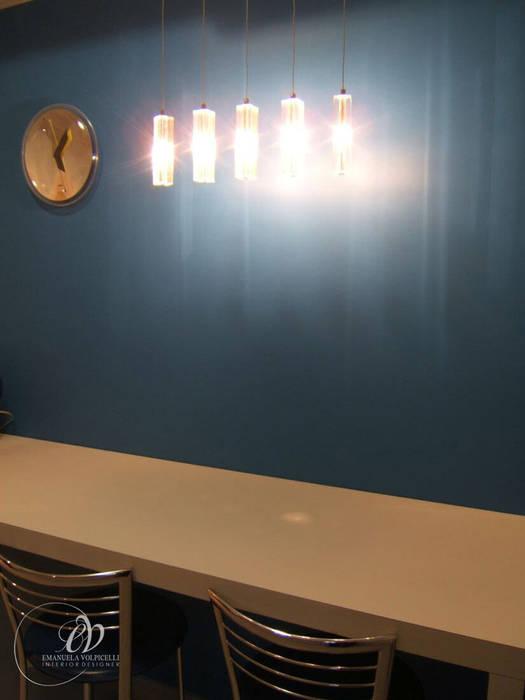 ATMOSFERE FASHION: Cucina in stile in stile Moderno di Emanuela Volpicelli Interior Designer