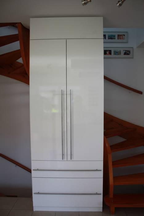 schrankwerk.de Corridor, hallway & stairsDrawers & shelves White
