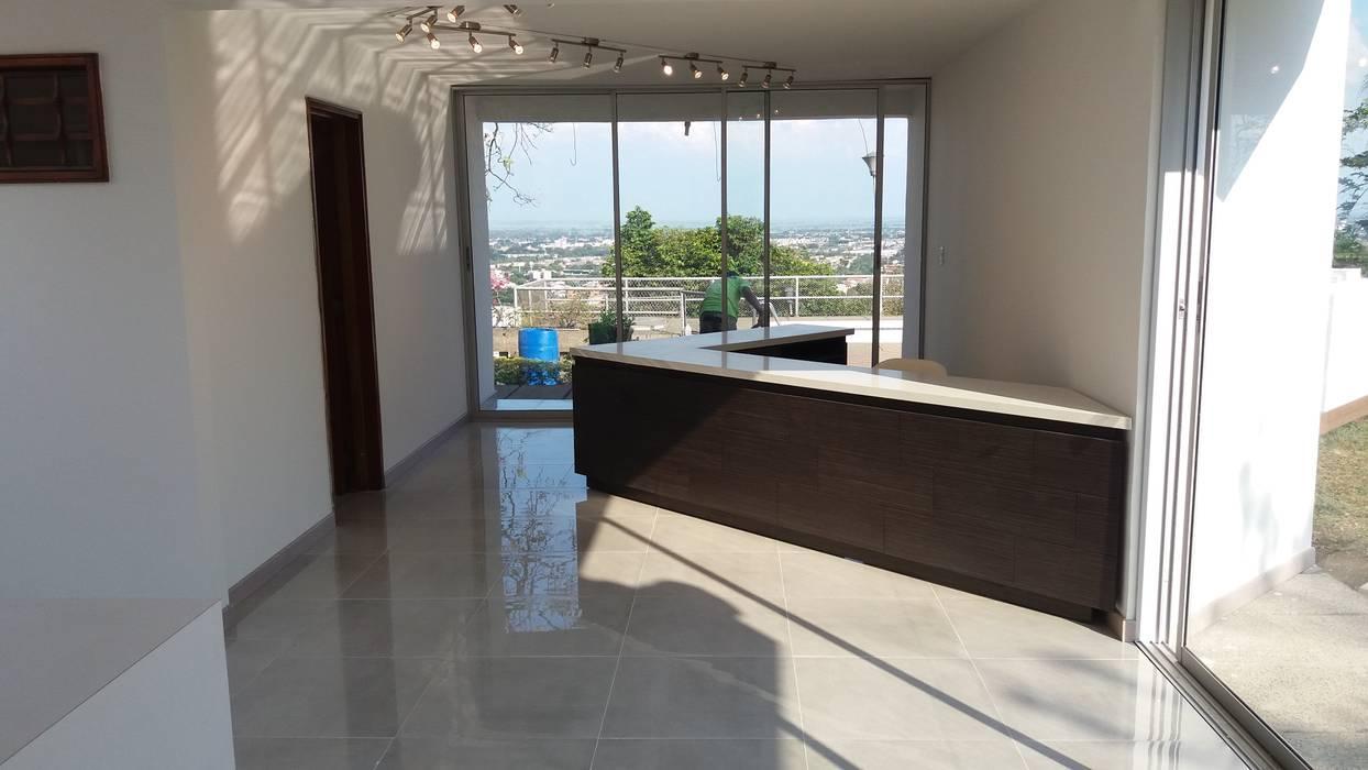 Espaces commerciaux modernes par ARQUITECTONI-K Diseño + Construcción SAS Moderne