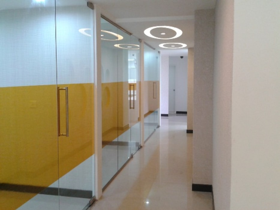 Real Estate Office, Bhubaneswar Modern office buildings by Schaffen Amenities Private Limited Modern