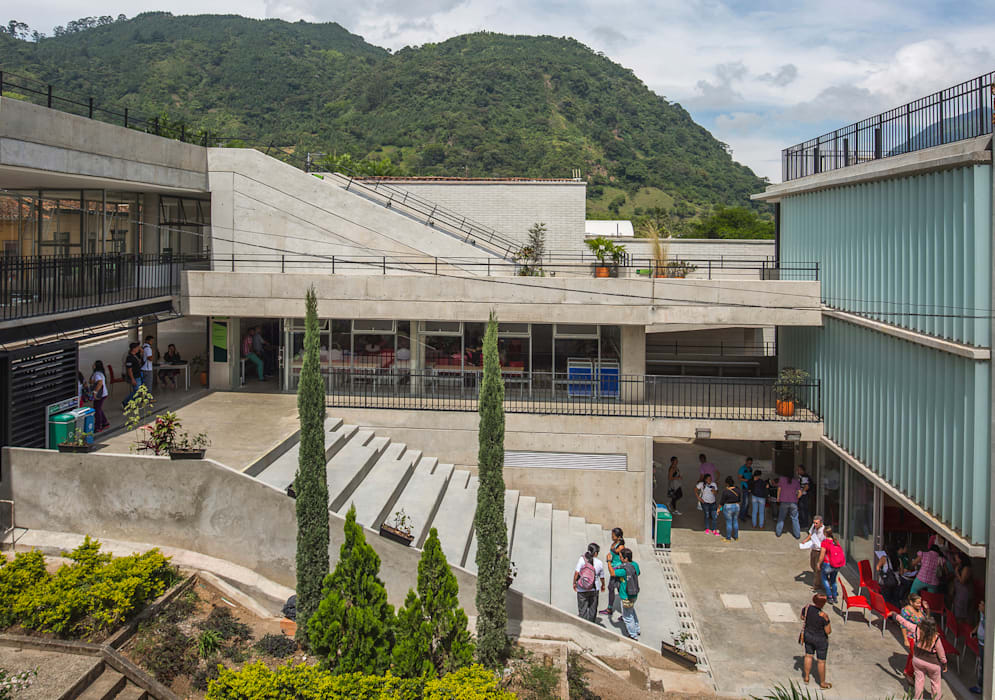 Parque Educativo Zenufana Casas modernas de Veronica Henriques - Arquitectura Sostenible Moderno