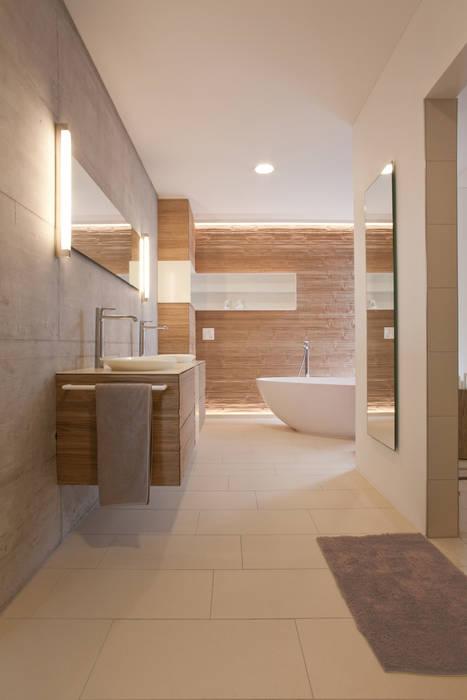 Badumbau i längwies moderne badezimmer von einfall7 gmbh ...